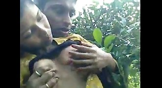 Real deshi boy sucking his sexy girl's boob at forest
