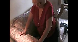 Hot Granny gets creampie from younger Lover - 666camz.net