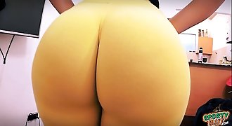 Best Amateur Ass Ever! Huge Round Bubble-Butt! Tiny Waist!
